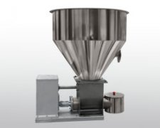 Series powder feeder